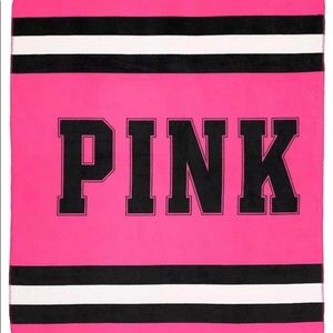 PINK Victoria's Secret Bedding - Victoria Secret Pink Throw Blanket